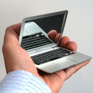 Macbook Mirror